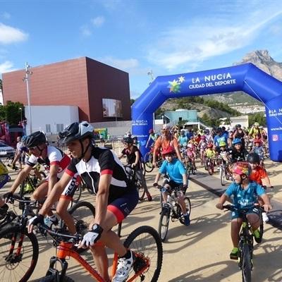 """La calles de La Nucía se llenaron de bicis en el  """"VII Día Sin Coches"""""""