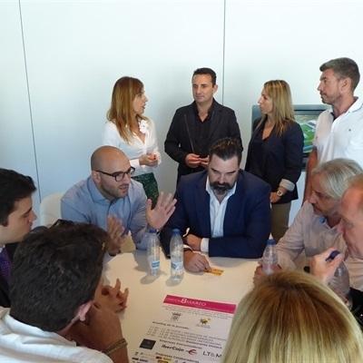 """75 empresarios hacen """"Networking"""" en La Nucía"""