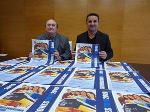 Presentación de la Subvención del Transporte Universitario para este curso 2018-2019, con Bernabé Cano, alcalde de La Nucía y Pedro Lloret, concejal de Seu Univ.