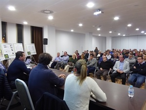 Ayer se celebró una reunión informativa con los empresarios del Polígono de La Nucía en l'Auditori