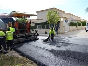 Estas obras mejorarán la seguridad vial de la urbanización