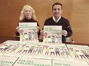 Bernabé Cano, alcalde de La Nucía, y Beatriz Pérez-Hickman, concejala de Bienestar Social en la presentación del Día del Voluntariado